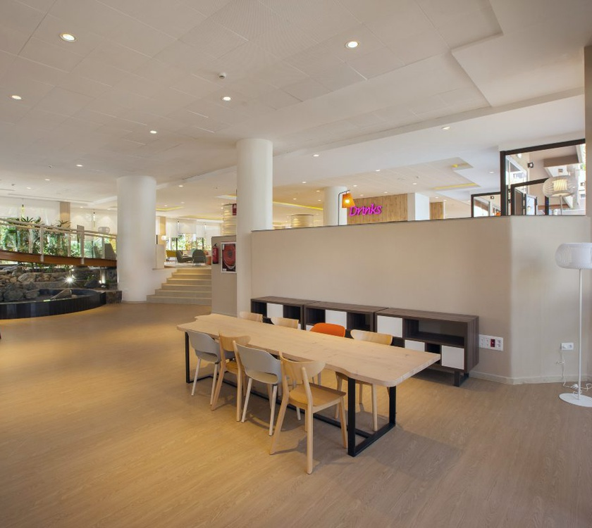 Lobby abora continental by lopesan hotels gran canaria